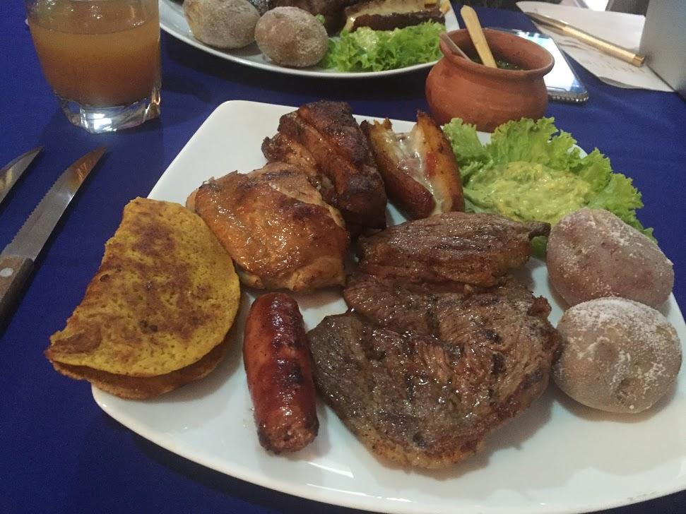 Parrillada colombiana para fiestas de fin de año